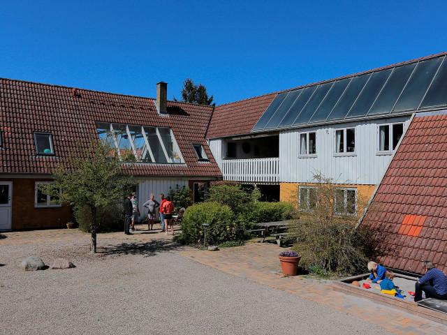 Bofællesskab i Karlslunde landsby - midt i naturen og tæt på Kbh - 1_f4d4aef519cb7f5894d5332924110f4f
