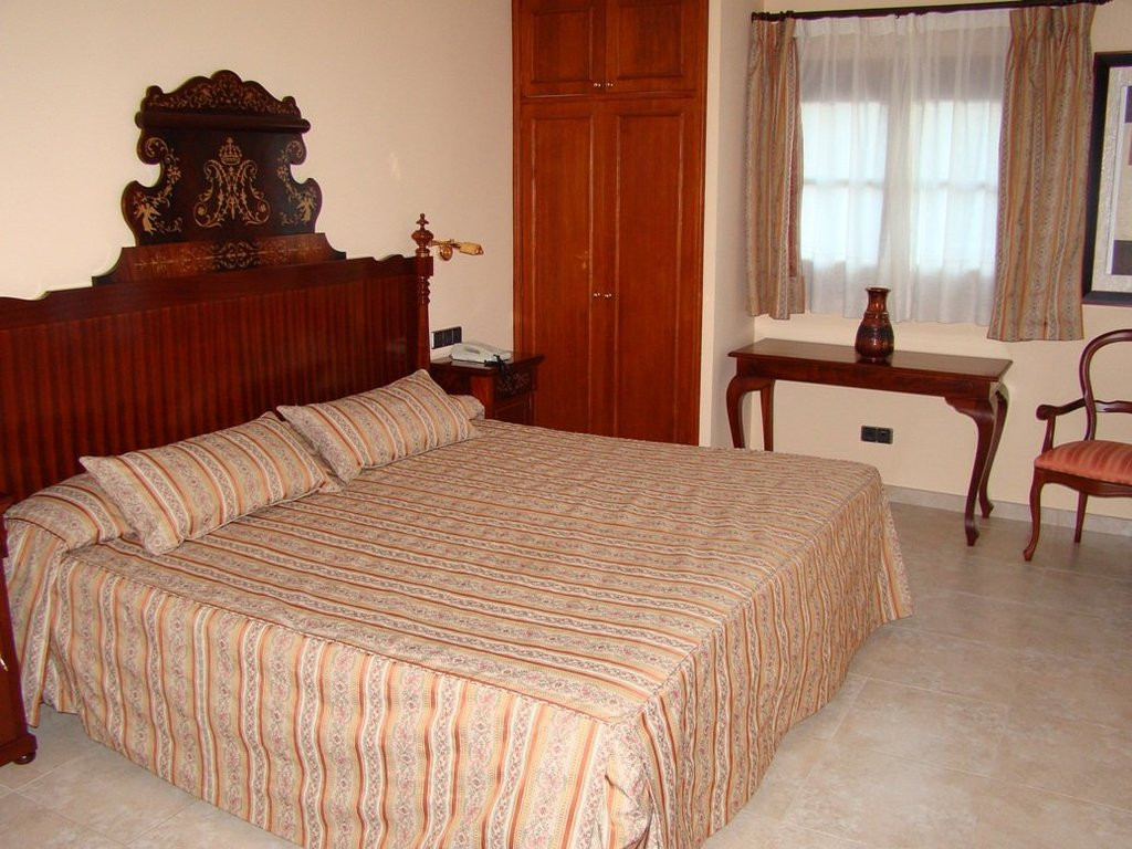 Randa Bolig - Mallorca - 1cama-suite1_1_7374774f60bd90f31c4be21ccb5211ba