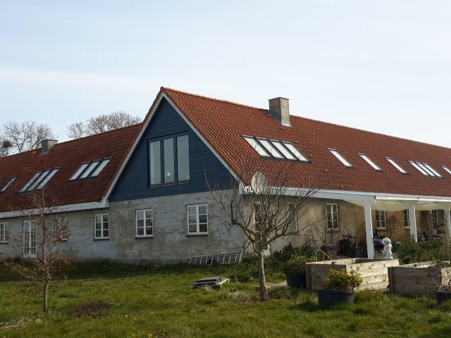 Holmstedgård - 20200410_103411_e775a648c83a4c8155616ab875103f77
