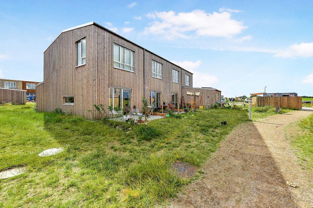 Enderækkehus i etableret bæredygtigt bofællesskab - 650 kvm. fælleshus - 958341_968de2f4b6ee67cf5e1625490ff405d2