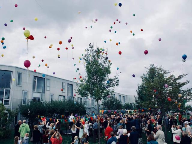 Fantastisk bofællesskab tæt på København - Balloner_fra_garden_53a0b08e2b049a4d2563a9e8a7a61497