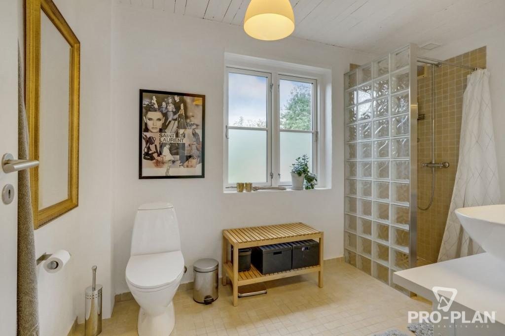 Lys og velindrettet villa i velfungerende bofællesskab - gåafstand til skole og indkøb   - Gyndbjerg_3_12_1d2c98c347796f83fe232216d47c30e1