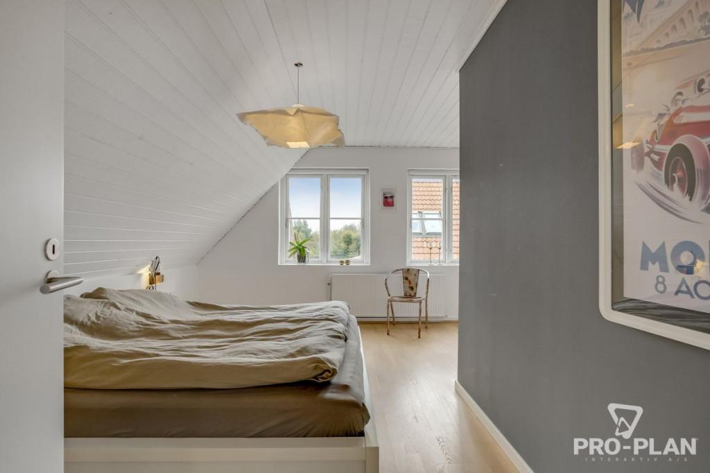 Lys og velindrettet villa i velfungerende bofællesskab - gåafstand til skole og indkøb   - Gyndbjerg_3_28_b764142d9b2c333f01da29a44bee4ece