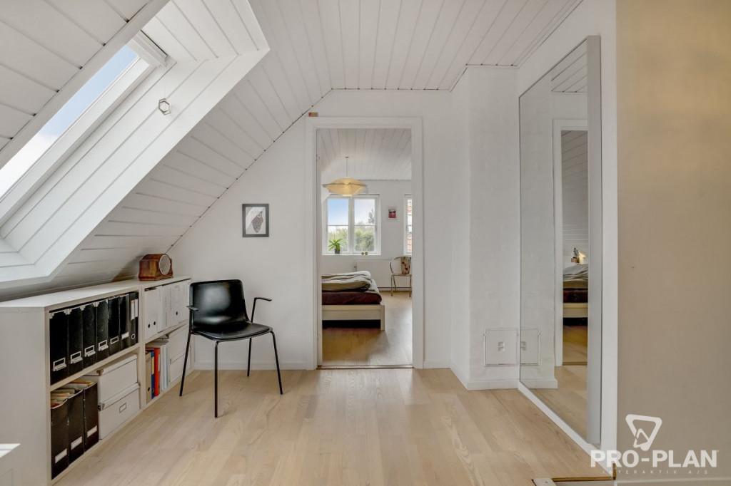 Lys og velindrettet villa i velfungerende bofællesskab - gåafstand til skole og indkøb   - Gyndbjerg_3_30_e0120d23a0dc96b0b598676157da5af7