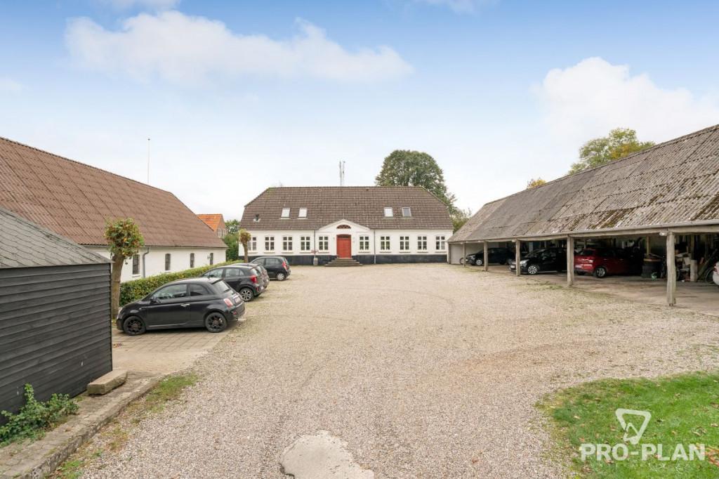 Lys og velindrettet villa i velfungerende bofællesskab - gåafstand til skole og indkøb   - Gyndbjerg_felles_2_3a7c7bcd22c975b7f69e3451f7fae4ff