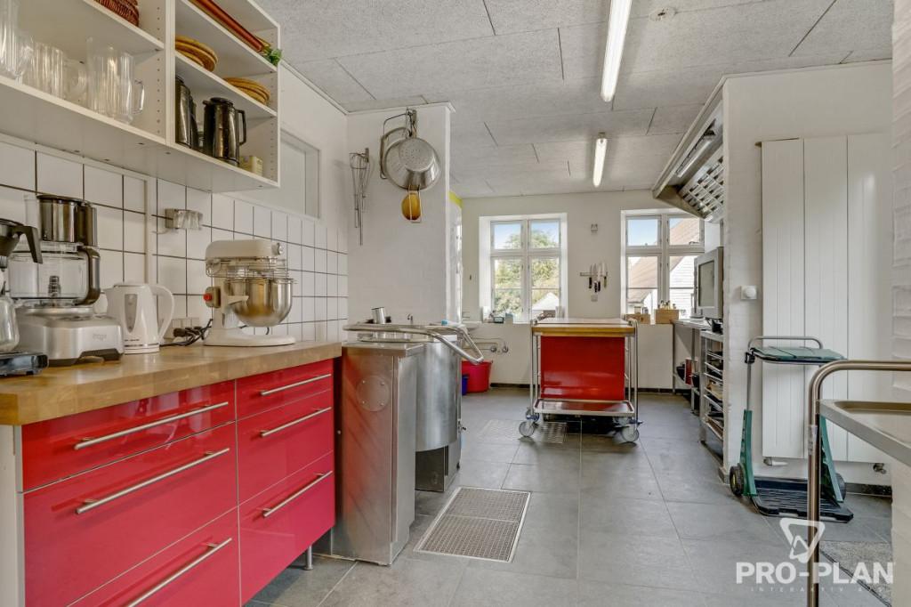 Lys og velindrettet villa i velfungerende bofællesskab - gåafstand til skole og indkøb   - Gyndbjerg_felles_5_9b3f19def4eef2404e85c055d4c899e3