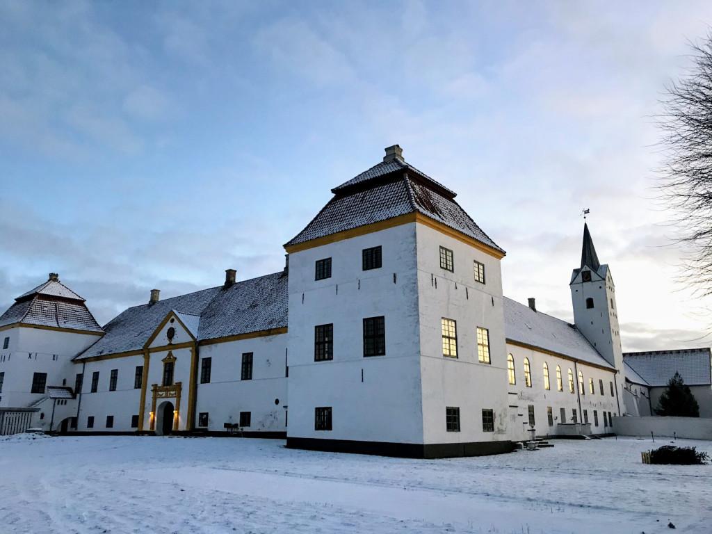 Slotskollektiv for seniorer på Dronninglund Slot - IMG_9063-scaled_0f6bb3f5cd6866066247555cf57fc771