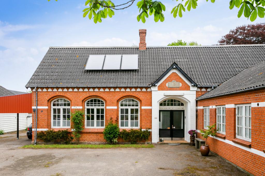 +600 m2 nedlagt landsbyskole, velegnet til bofællesskab /kollektiv, med mulighed for erhverv - IMG_9090_ca01989ffe1c5dcc769215811468363f