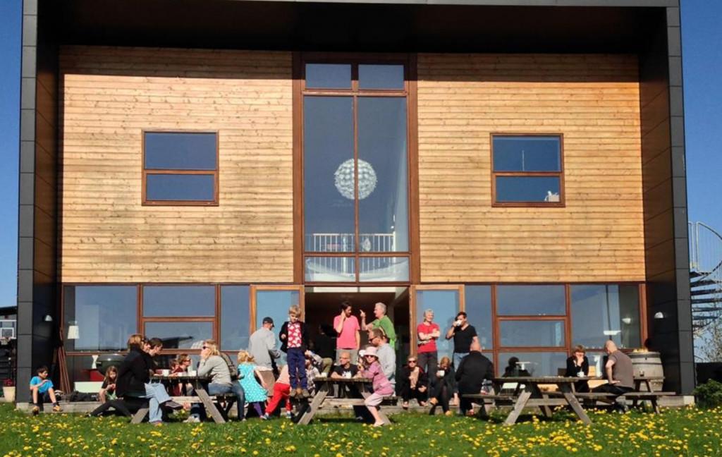 Skønt enderækkehus i bofællesskabet Glashusene, Trekroner, Roskilde  - faelleshus_658afd23cf1eb956b64fe4dce7f07a04