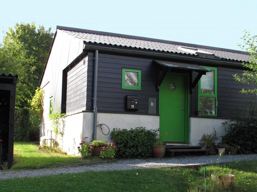 Dejligt andelsrækkehus i lille bofællesskab ved Birkerød - hus11_ude1_0b681283b771e7e228fd71a84b9ec13e