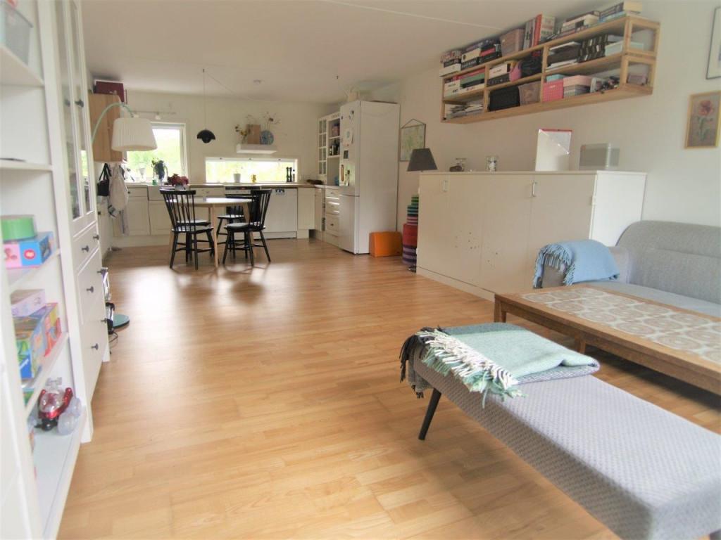 Kom og bo med os i bofællesskab i Birkerød - hus_10_FULD_STUE_2_b2903180be62184c16a1c7819e0052bb