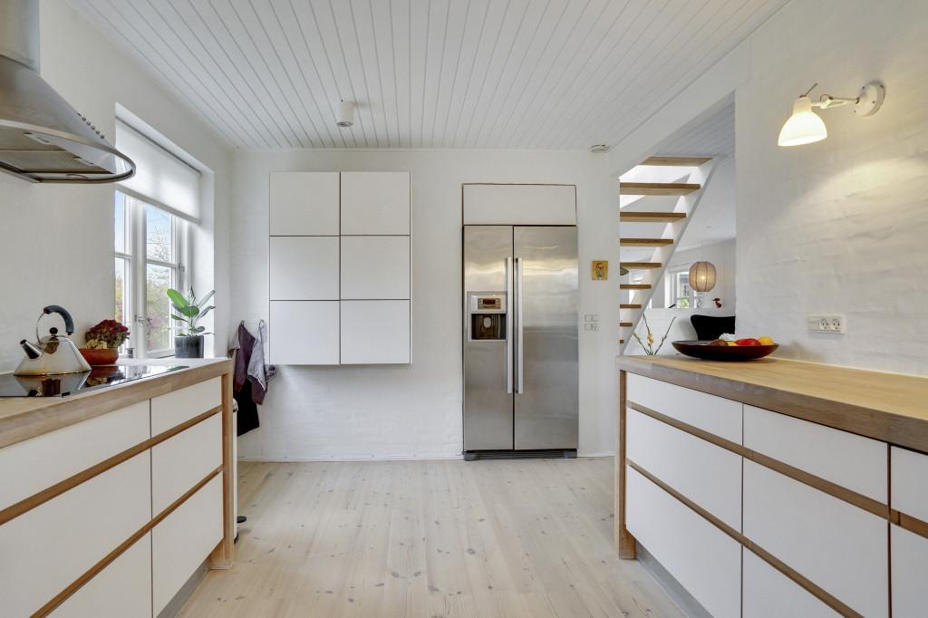 Stor  moderniseret villa i bofællesskab i  Bjert v.Kolding - kokken_2_ddec9fe908ef5c6a6e9fdf251ccdbe69