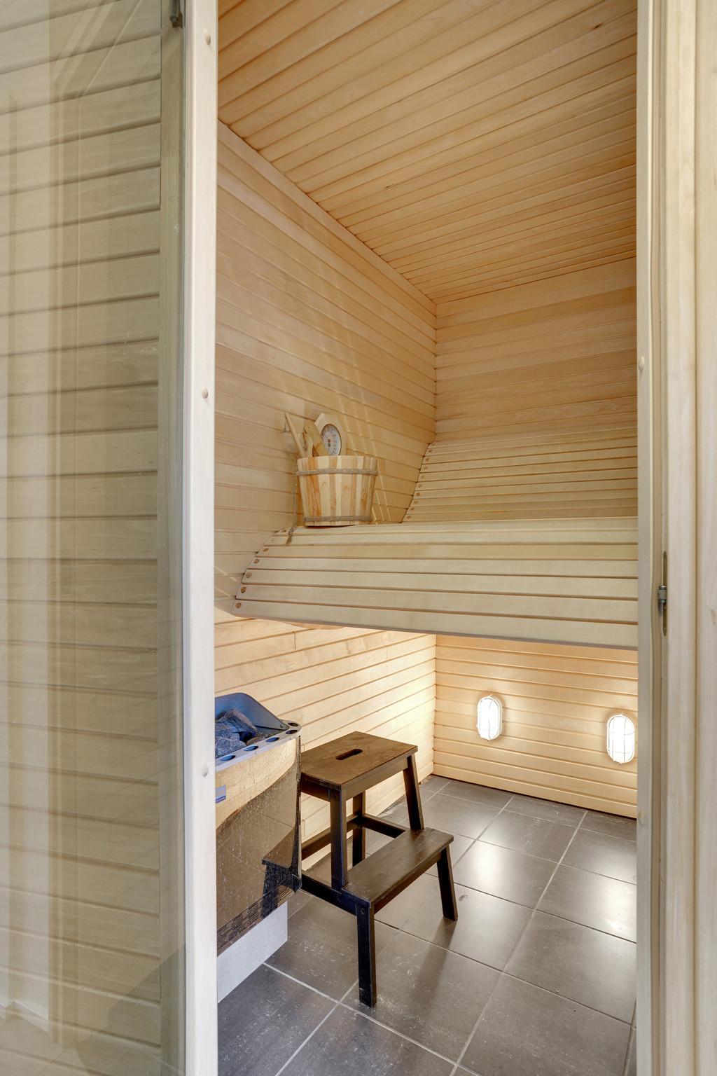 Stor  moderniseret villa i bofællesskab i  Bjert v.Kolding - sauna_7ac273cd7e29073d81335f326f8ec5f0