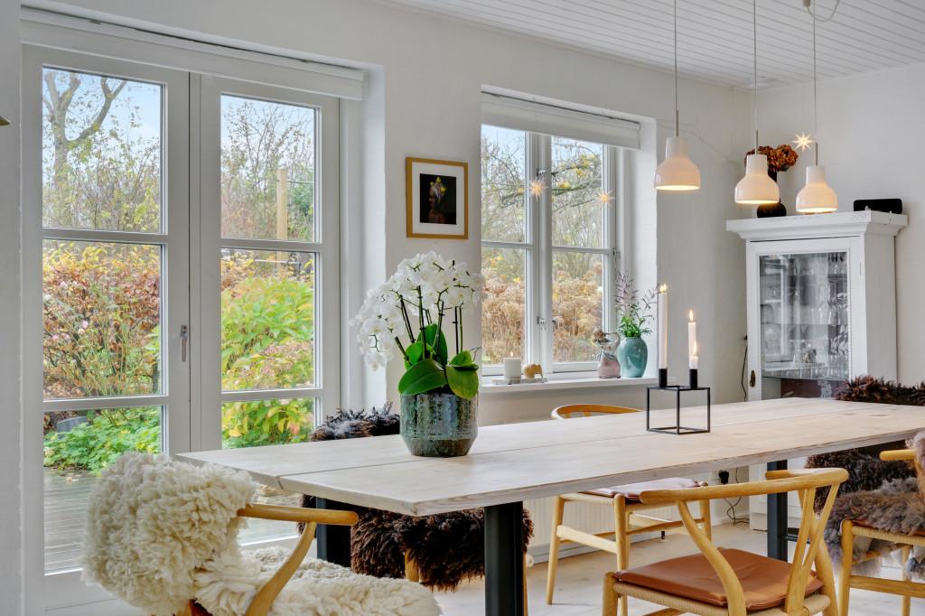 Stor  moderniseret villa i bofællesskab i  Bjert v.Kolding - stue_2_44b693aefe7ce881515a1cda73aa332c