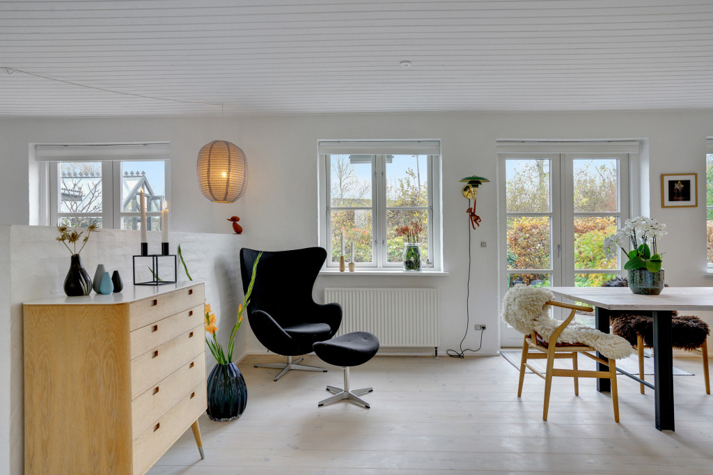 Stor  moderniseret villa i bofællesskab i  Bjert v.Kolding - stue_syd_3ee404ccbcf47626f66b41fcafed317e